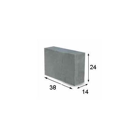Blok fundamentowy 38x24x14